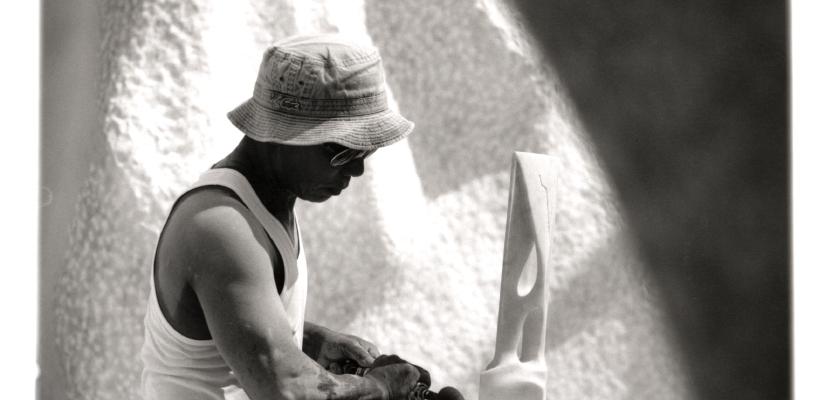 環境彫刻家 杭谷一東